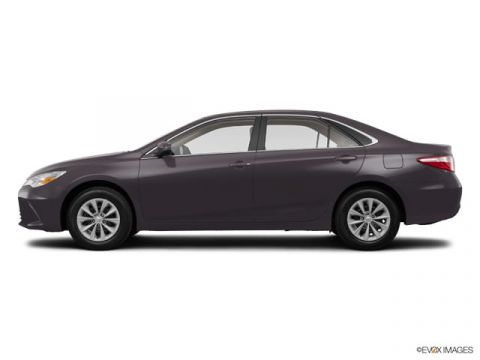 Pre-Owned 2015 Toyota Camry  Front-wheel Drive Sedan