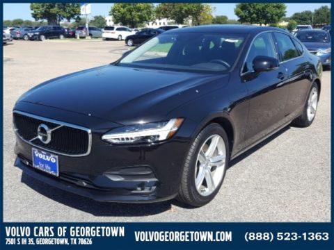 New 2017 Volvo S90 T5 FWD Momentum With Navigation