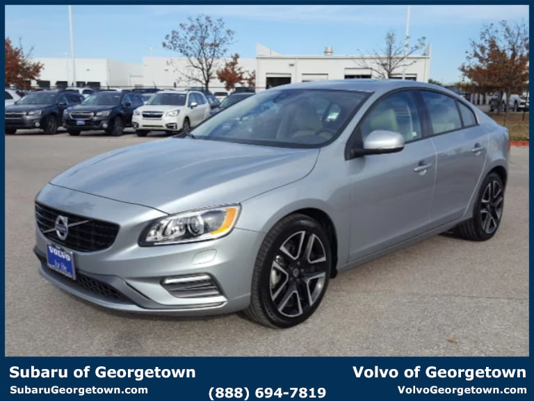 Pre-Owned 2017 Volvo S60 T5 FWD Dynamic