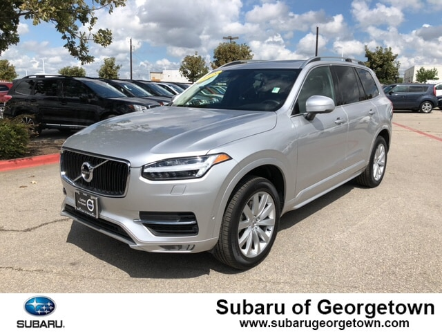 Pre-Owned 2018 Volvo XC90 T6 AWD Momentum (7 Passenger)