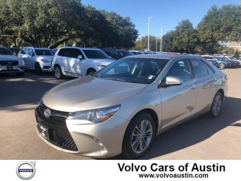 Pre-Owned 2015 Toyota Camry SE Front-wheel Drive Sedan